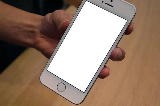iPhone 5s xung đột ứng dụng có thể dẫn đến tình trạng trắng xóa màn hình