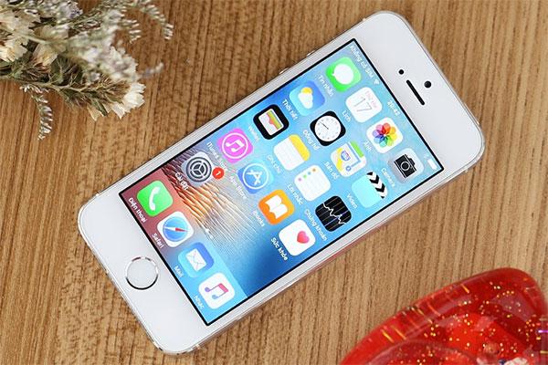 Tại sao iPhone 5s chạy chậm