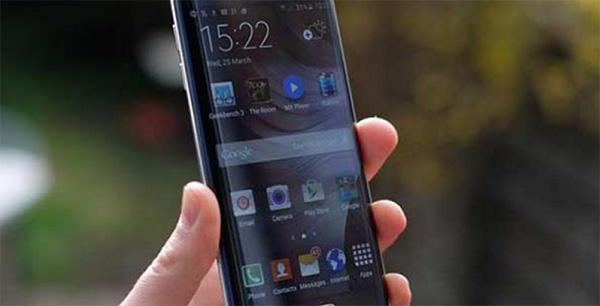 Tình trạng điện thoại màn hình bị nhấp nháy