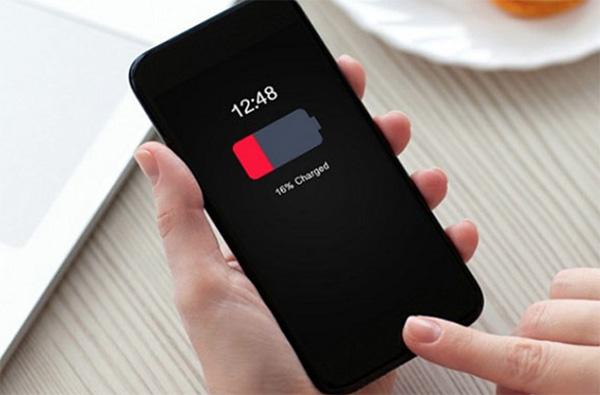 Có rất nhiều nguyên nhân khiến pin iPhone bị chai nhưng chủ yếu là do cách sử dụng của người dùng